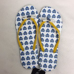 Shoes - NWT UCLA flip flops